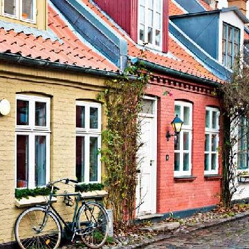 Thumbnail for Caution: What to Know When Buying a Home in Another Country